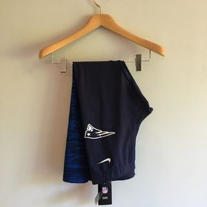 NWT Nike NFL New England Patriots Leggings